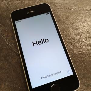 b8af70b818c Mobiiltelefonid Apple SE A1723